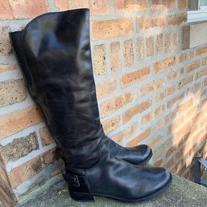 Guess Lurie Boots - Sz 7